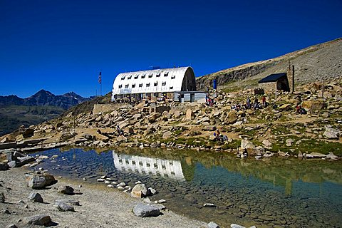 Vittorio Emanuele II hut, Valsavarenche, Gran Paradiso national park, Valle d'Aosta, Italy