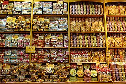 France, Provence, Salon de Provence, pastry shop