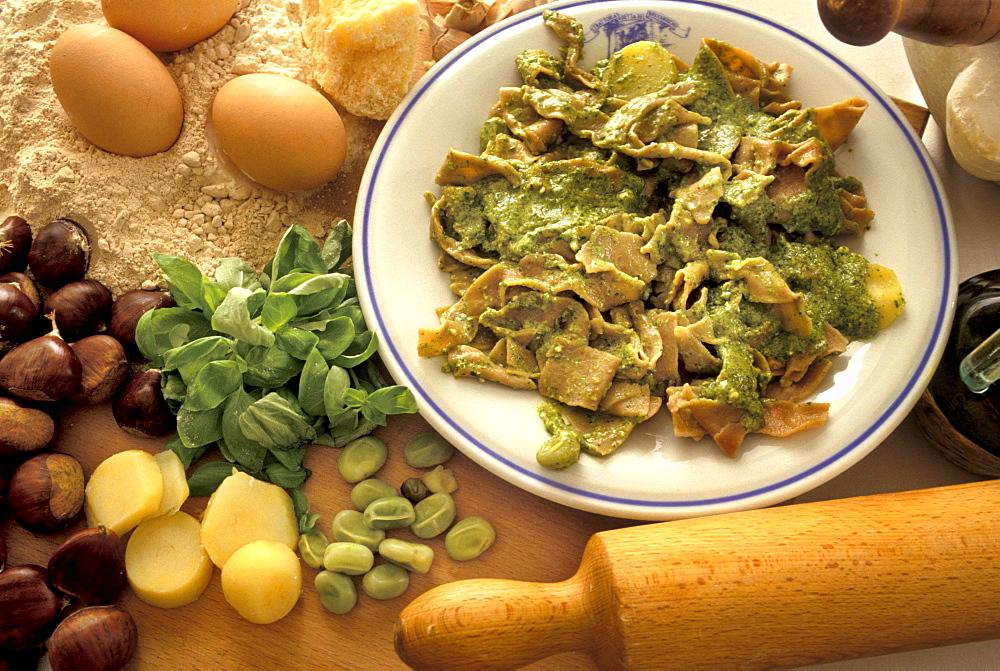 Piccagge with pesto sauce, Ligury, Italy