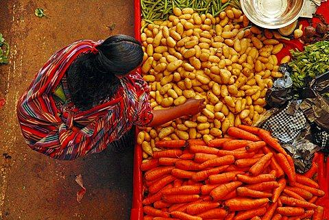 Chichicastenango food street market, Quichvû, Guatemala, America