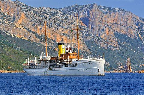 Yacht S.S.Delphine, Golfo di Arbatax gulf, Sardinia, Italy, Europe