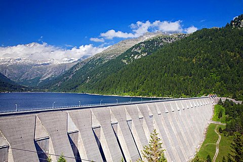 Dam of Malga Bissinia, Fumo Valley, Daone Valley, Valli Giudicarie, Trentino Alto Adige, Italy, Europe