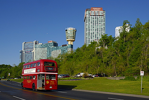 Double-decker bus, Niagara Falls, Ontario, Canada, North America
