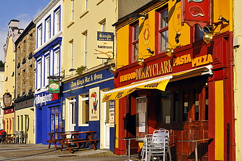 Colorful houses, Clifden, Connemara, County Galway, Connacht, Republic of Ireland, Europe