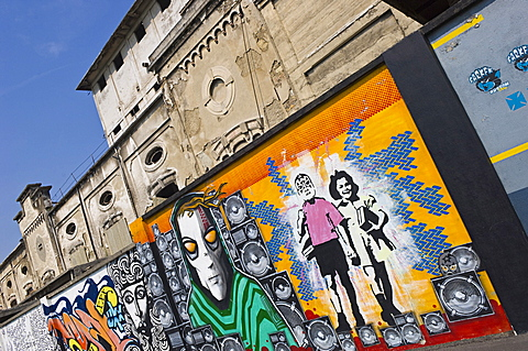 murales and graffiti, bergamo, italy