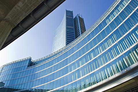 skyscraper torre pelli, milan, italy