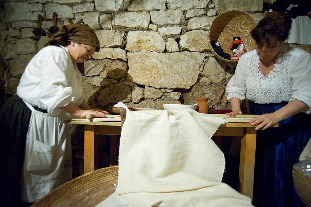 Turredda Bread, Cortes Apertas, Baunei, Provincia di Ogliastra, Sardinia, Italy
