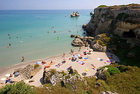 Le due Sorelle rock and the beach, Salentine Peninsula, Torre dell'Orso, Apulia, Italy