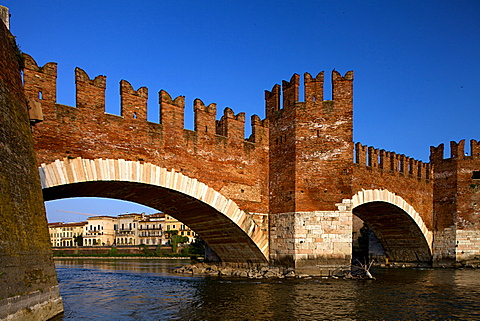 Scaligero bridge or Ponte Vecchio bridge over the Adige river near Castelvecchio castle,  Verona, Veneto, Italy, Europe