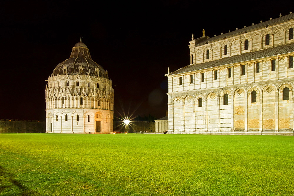 Square of Miracles, Cathedral, UNESCO World Heritage Sites since 1987, Pisa, Tuscany, Italy, Europe