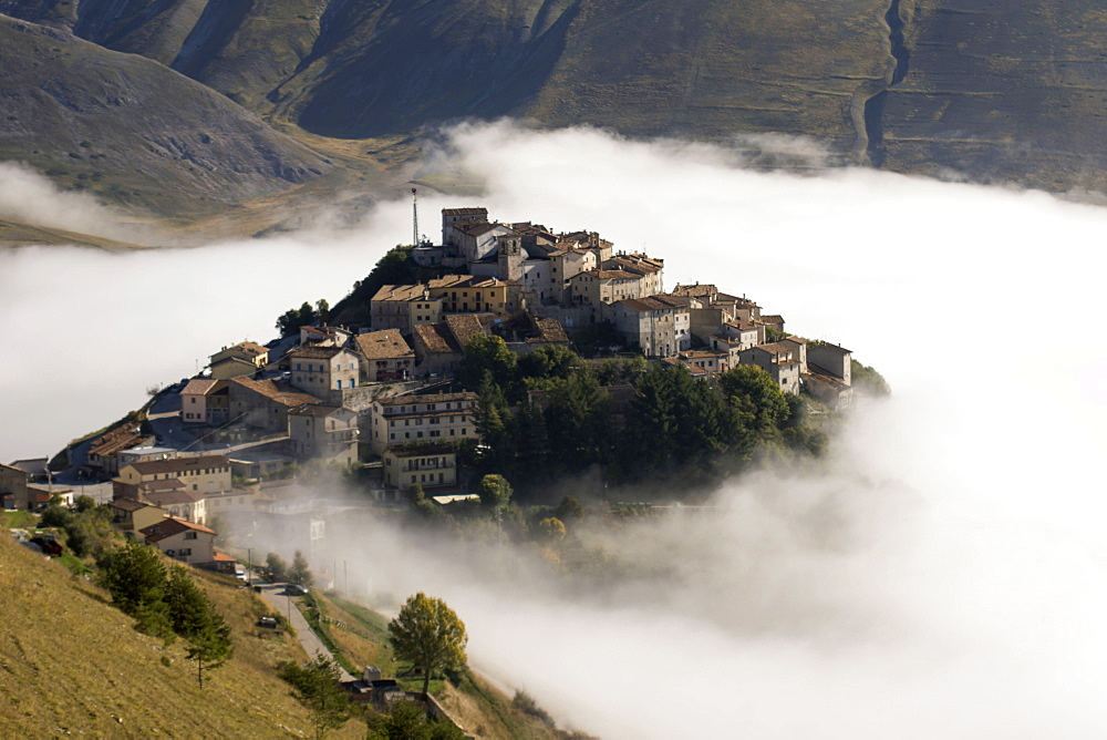 Monti Sibillini National Park, Fog, Castelluccio di Norcia, Umbria, Italy, Europe