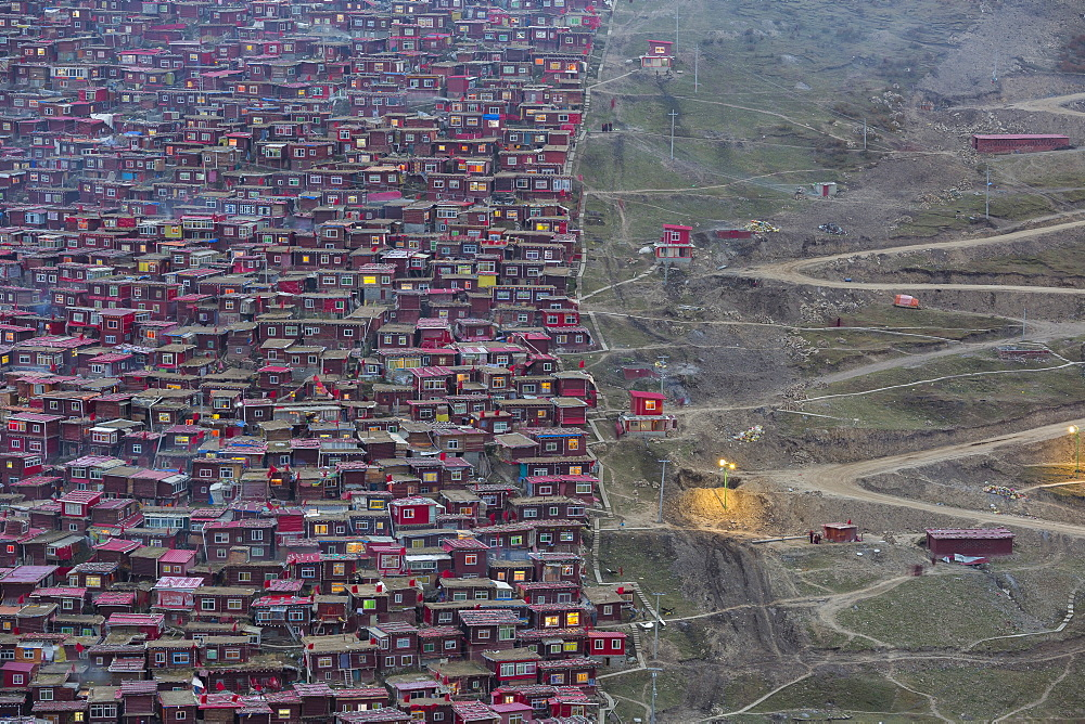 Buddhist College, Larung Gar, Seda, West Sichuan, Sichuan, China, Asia
