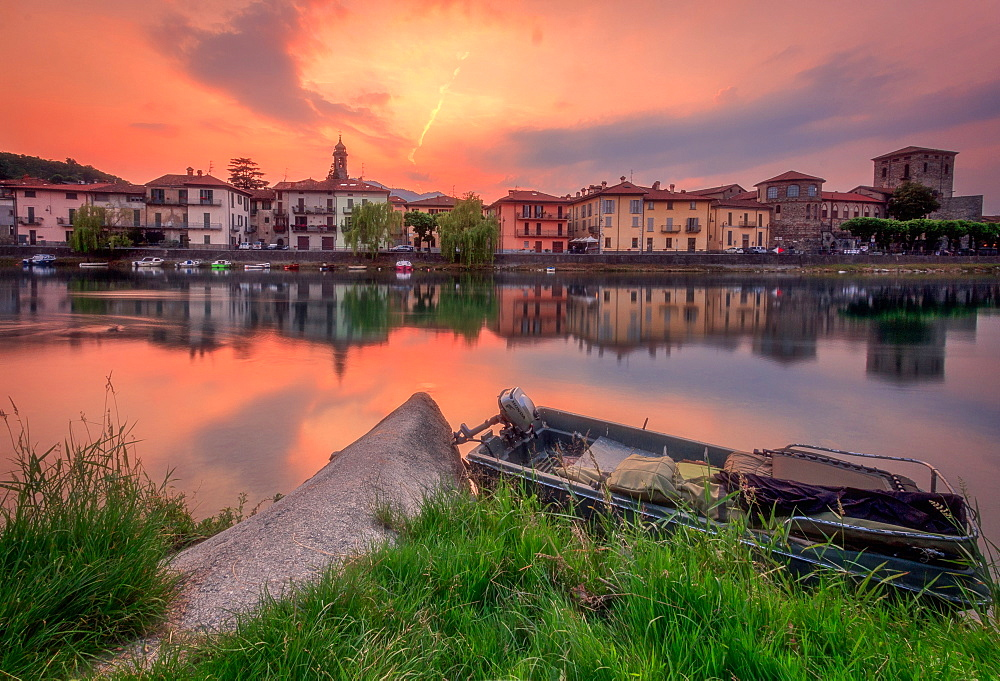 Sunset over Brivio on the shores of Adda river, Brivio, Lombardy, Italy, Europe