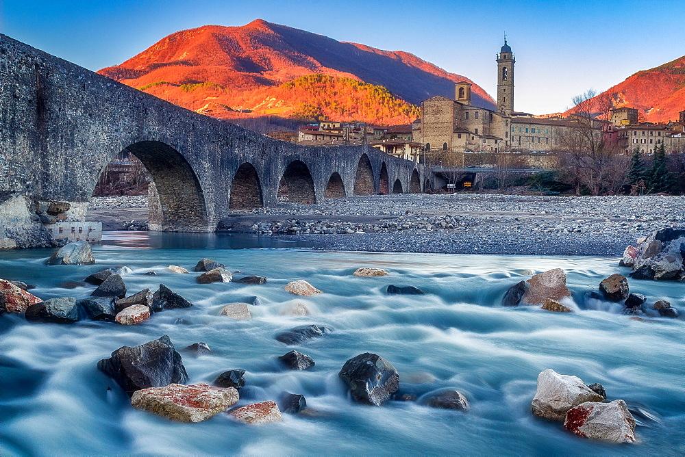 Devil Bridge in Bobbio, Trebbia Valley, Emilia-Romagna, Italy, Europe