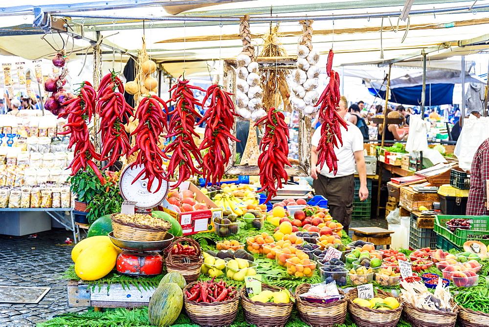 Campo de Fiori square, Chilli, Onion, daily market, Rome, Lazio, Italy, Europe