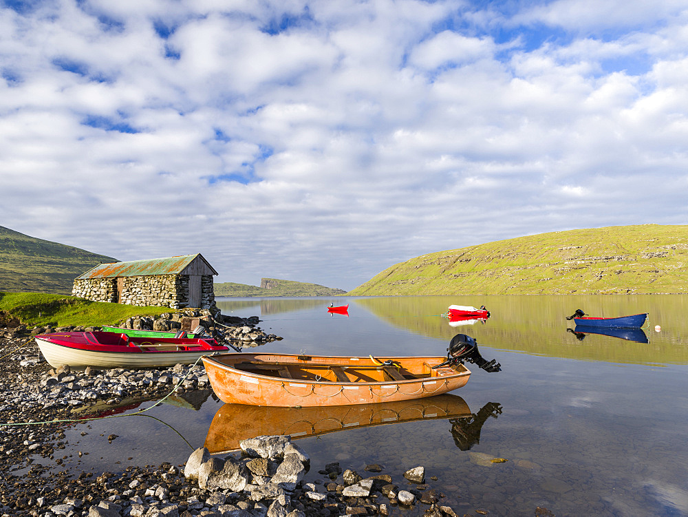 Lake Sorvagsvatn (Leitisvatn), the largest lake of Faroe.   The island Vagar, part of the Faroe Islands in the North Atlantic.  Europe, Northern Europe, Denmark, Faroe Islands