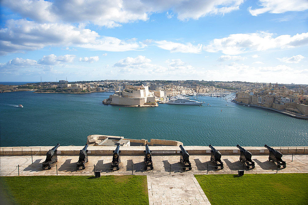 La Valletta, Capital of Culture 2018, Upper Baracca Garden, Grand Harbor; View of Vittoriosa, Malta Island, Mediterranean Sea, Europe