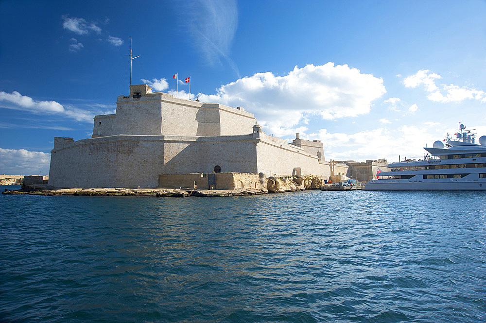 Fort Sant Angelo, Maxi Yacht; Vittoriosa (II-Birgu), Malta Island, Mediterranean Sea, Europe