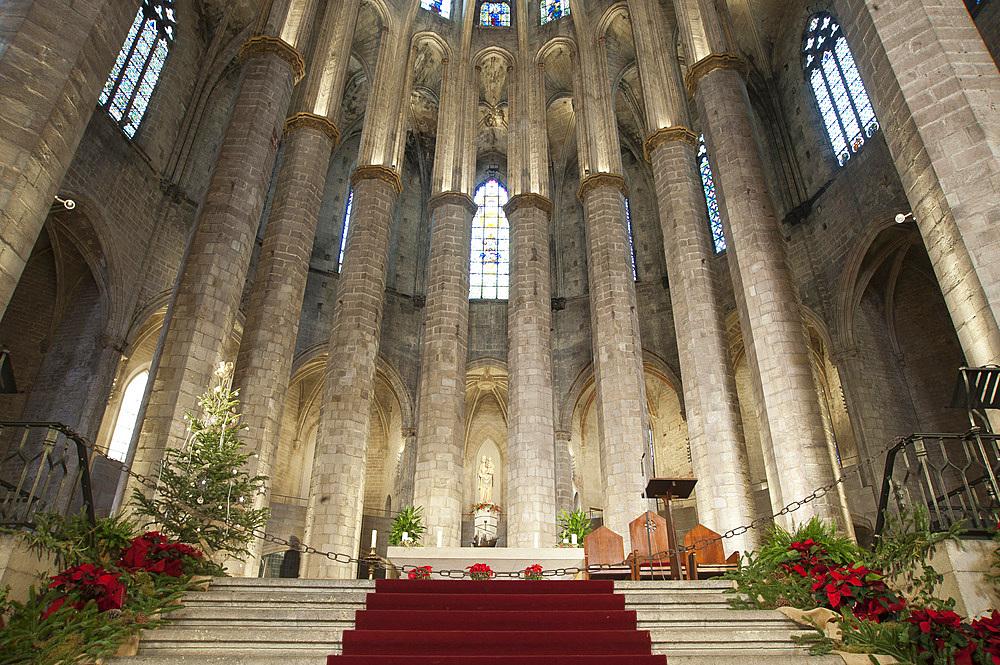 Interior of Santa Maria del mar, Barcelona, Catalonia, Spain, Europe