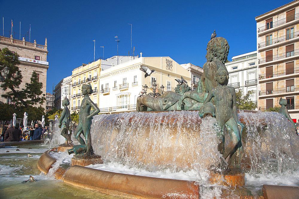 Fountain Rio Turia, Plaça de la Virgen, Valencia, Spain, Europe