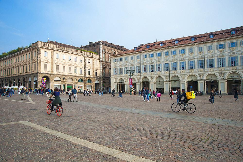 Piazza San Carlo, historic city center, Turin, Piedmont, Italy, Europe