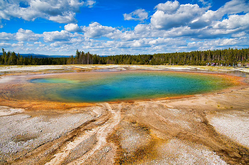 Grand Prismatic Spring Geyser, Yellowstone National Park.