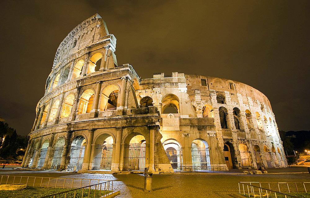 Colosseum, Roma city, Lazio, Italy, Europe.