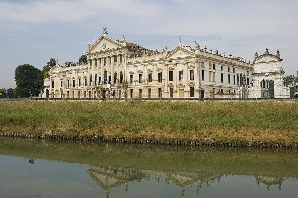 The 18th century Baroque Villa Pisani at Stra, Riviera du Brenta, Venice, Veneto, Italy, Europe