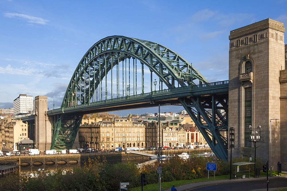 Tyne Bridge crossing the River Tyne, Newcastle upon Tyne, Tyne and Wear, England, United Kingdom, Europe