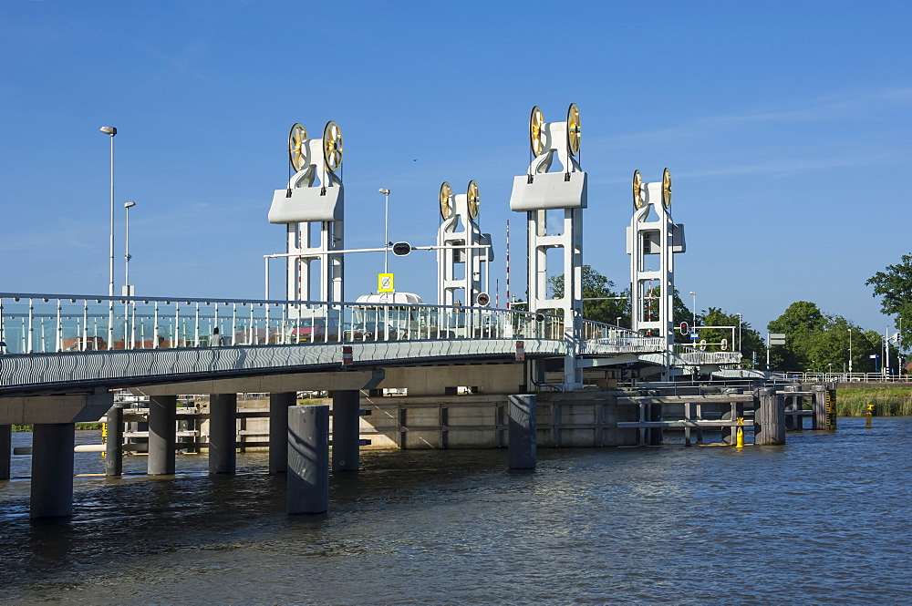 Ijssel Brucke, Town Bridge, Kampen, Holland, Europe