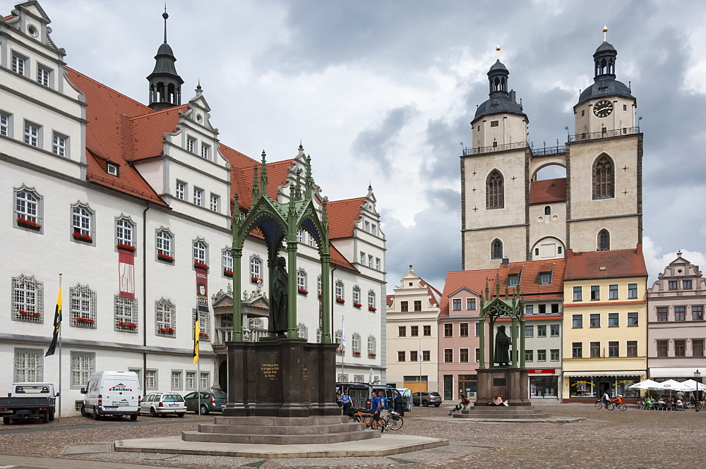 Town Square with Stadtkirke and Town Hall, Staue of Martin Luther, Lutherstadt Wittenberg, Saxony-Anhalt, Germany, Europe - 747-1784