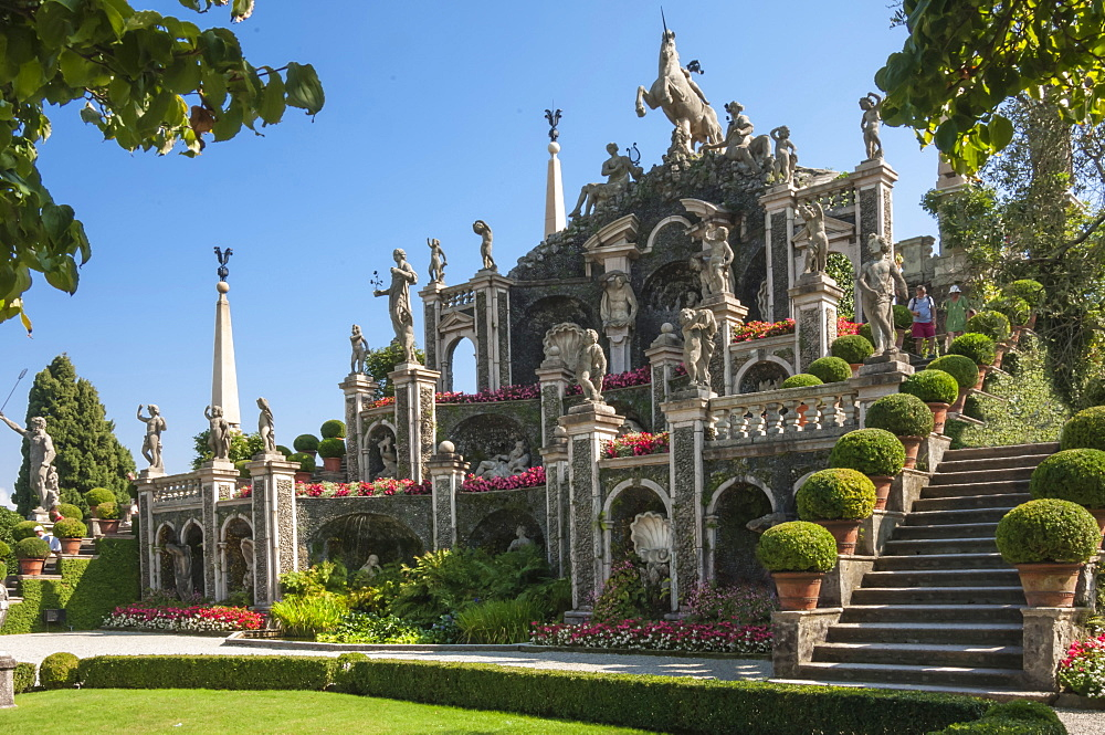Floral Fountains, Isola Bella, Borromean Islands, Lake Maggiore, Piedmont, Italian Lakes, Italy, Europe - 747-1814