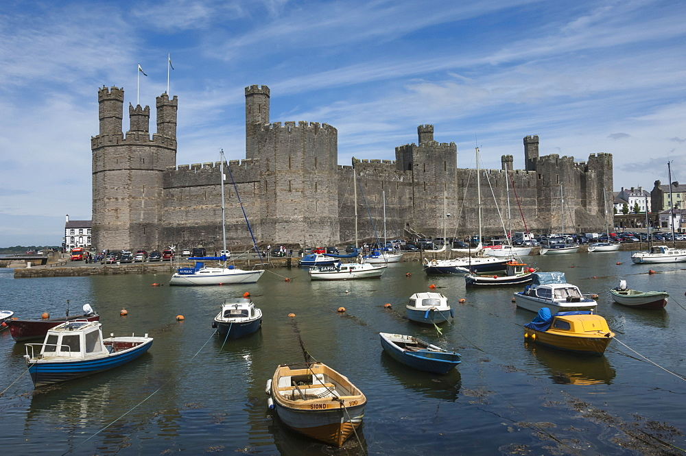 Caernarfon Castle, Medieval Fortress, UNESCO World Heritage Site, Gwynedd, Wales, United Kingdom, Europe - 747-1873
