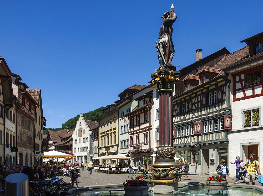 Street scene, fountain with Historic Market Cross, Stein am Rhein, Canton of Schaffhausen, Switzerland, Europe