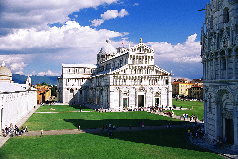 The Duomo (cathedral), Piazza del Duomo, UNESCO World Heritage Site, Pisa, Tuscany, Italy, Europe