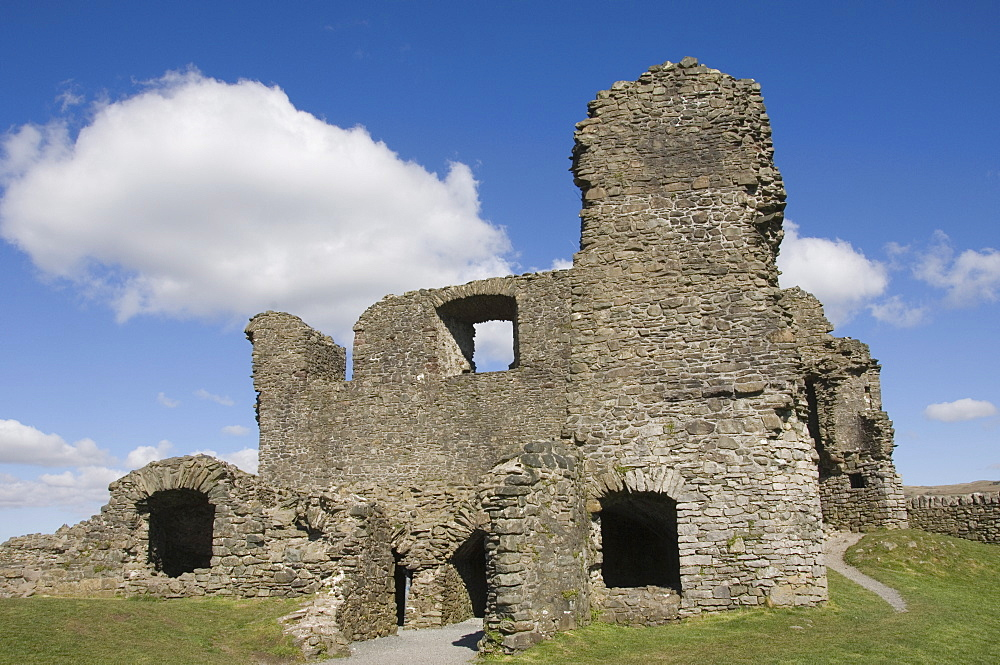 Kendal Castle ruins, Kendal, Cumbria, England, United Kingdom, Europe