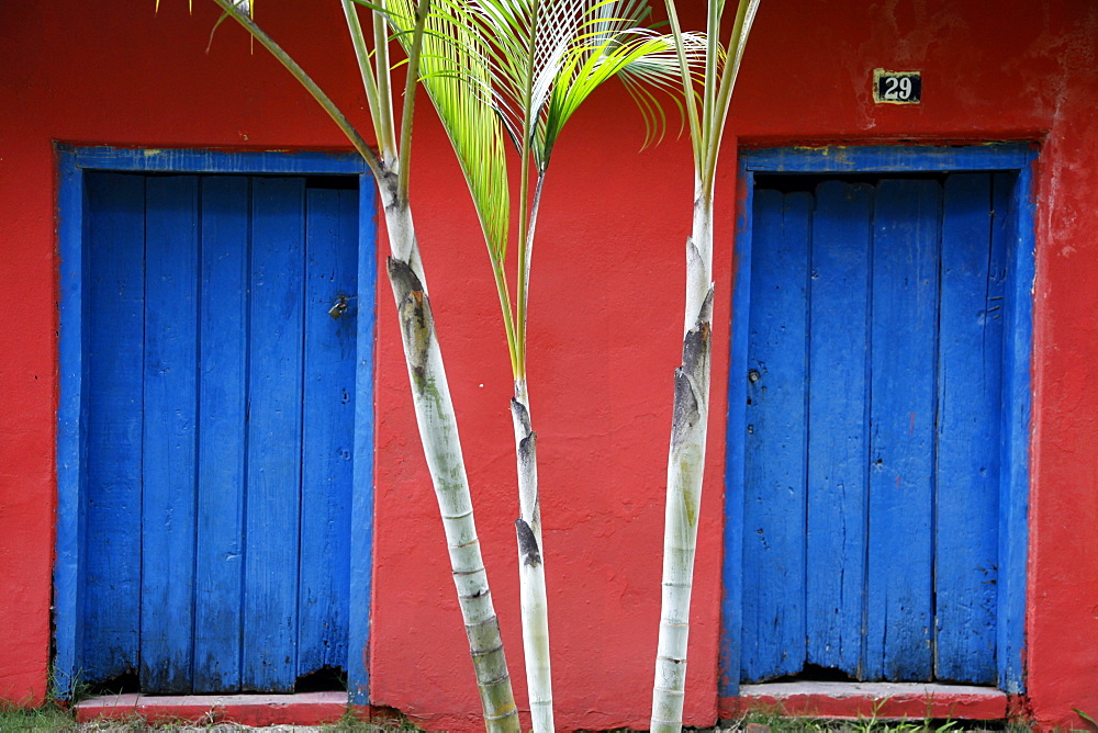 Detail of a colonial house at the historical centre (Cidade Alta) of Porto Seguro, Bahia, Brazil, South America  - 749-1307