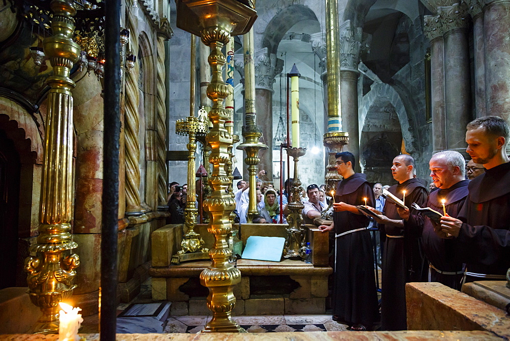 Franciscan monks at the Church of the Holy Sepulchre in the Old City, Jerusalem, Israel, Middle East