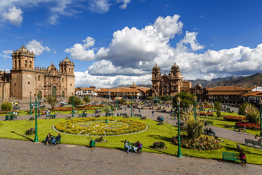 Plaza de Armas with the Cathedral and Iglesia de la Compania de Jesus church, Cuzco, UNESCO World Heritage Site, Peru, South America