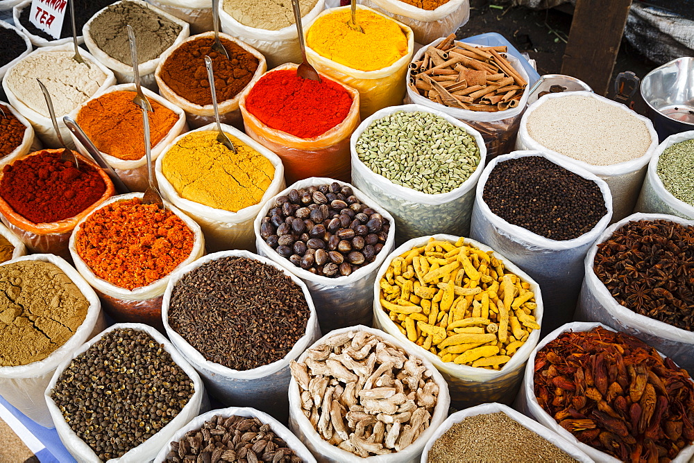 Spice stall at Mapusa Market, Goa, India, Asia