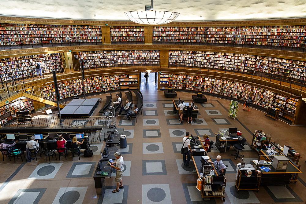 People at the Stadsbiblioteket (State Library), Stockholm, Sweden, Scandinavia, Europe