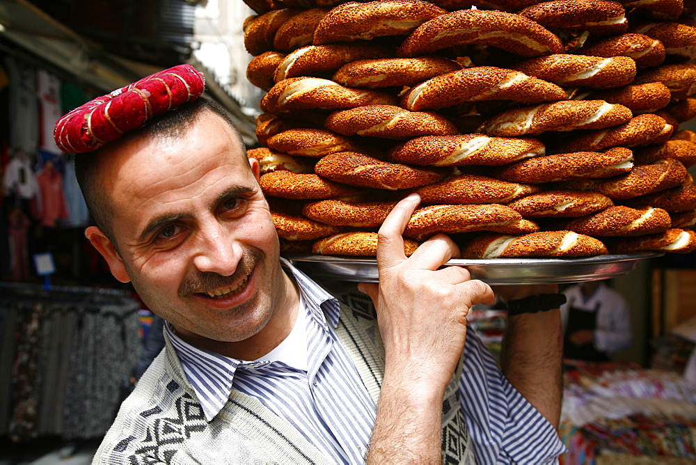 Simit bread seller, Istanbul, Turkey, Europe - 749-782