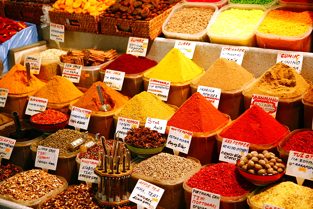 Spice shop at the Spice Bazaar, Istanbul, Turkey, Europe - 749-787