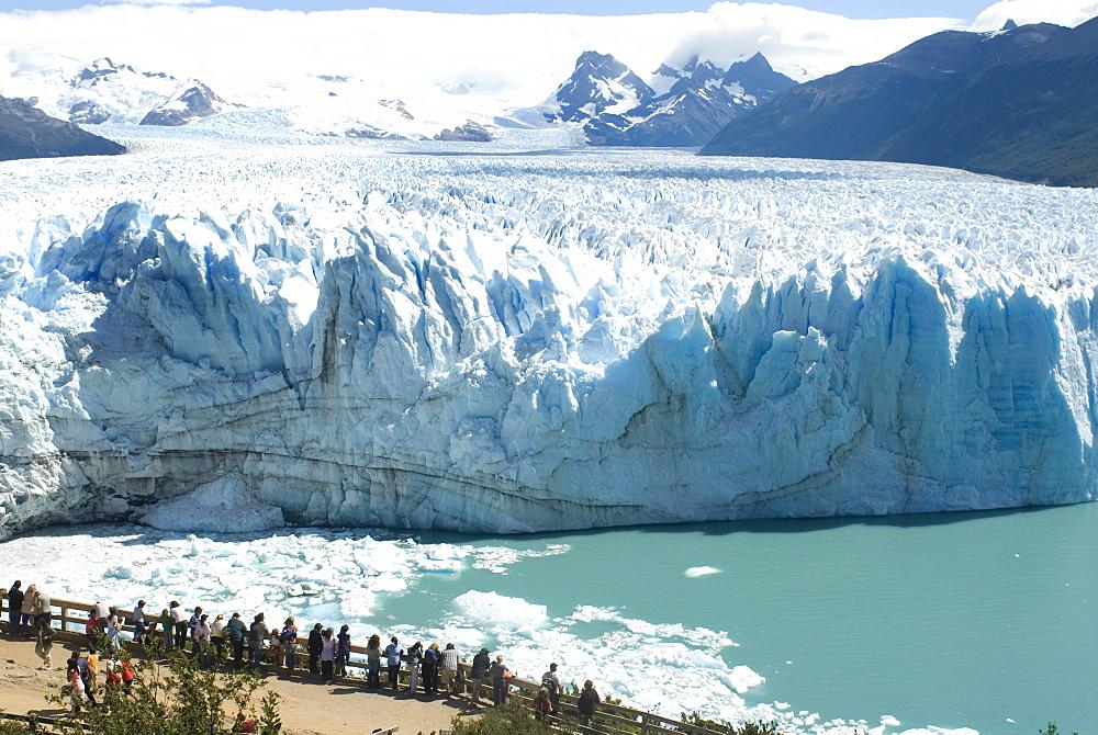 Perito Moreno Glacier, Parque Nacional de los Glaciares, UNESCO World Heritage Site, Patagonia, Argentina, South America - 753-219