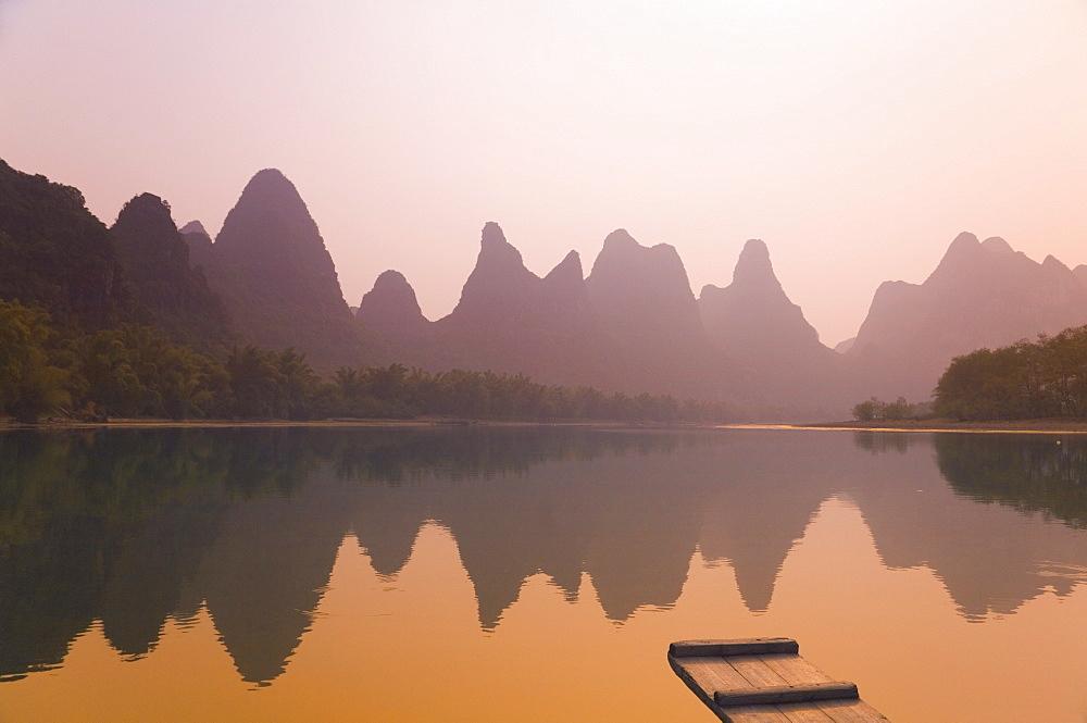 Li Jiang (Li River), Yangshuo, Guangxi Province, China, Asia - 756-11
