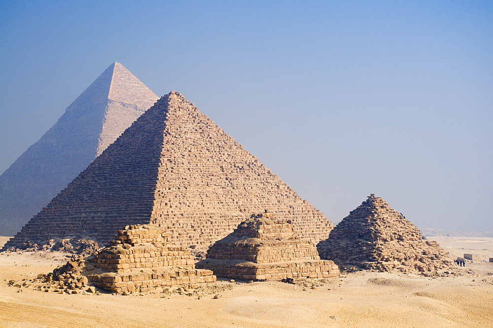 The Pyramids of Giza, Giza, UNESCO World Heritage Site, near Cairo, Egypt, North Africa, Africa
