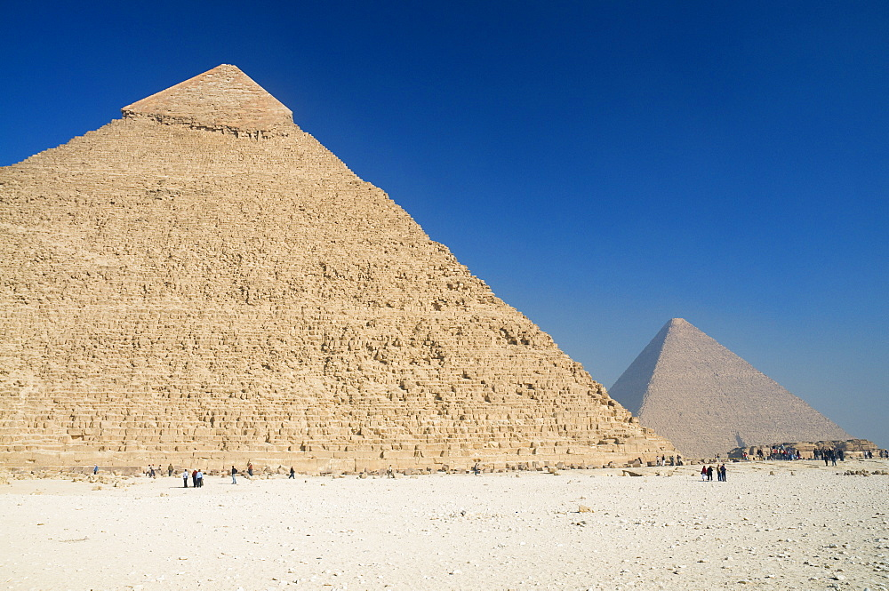 The Pyramid of Khafre (Chephren) and the Great Pyramid of Khufu (Cheops) in the background, Giza, UNESCO World Heritage Site, Egypt, North Africa, Africa