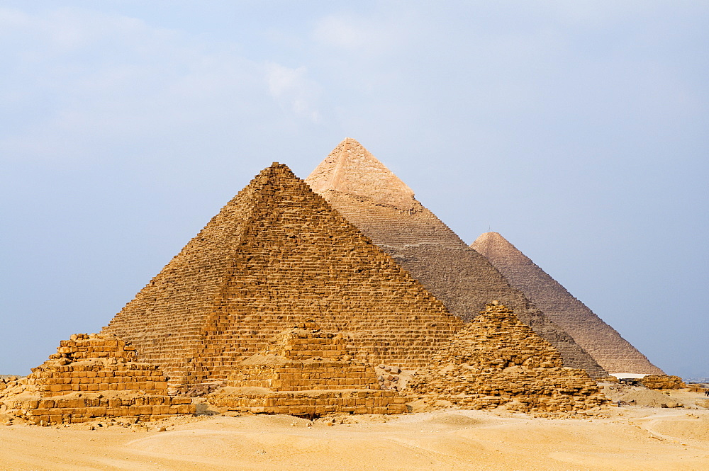 The Pyramids of Giza, UNESCO World Heritage Site, Giza, Egypt, North Africa, Africa
