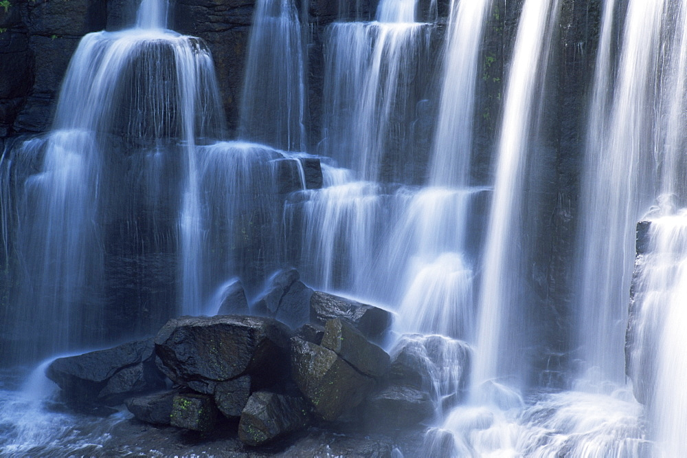 Ebor Falls, Ebor, New England National Park, New South Wales, Australia - 756-210