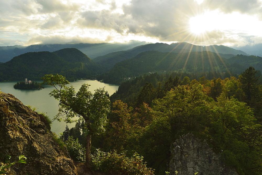 Lake Bled (Blejsko jezero), Bled, Julian Alps, Slovenia, Europe - 756-2737